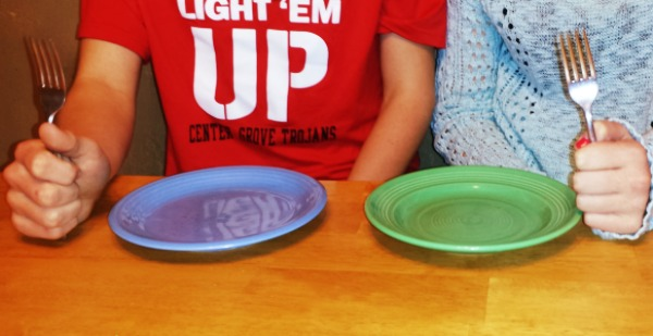 Hungry teens with forks #BiteHungerBack #ad